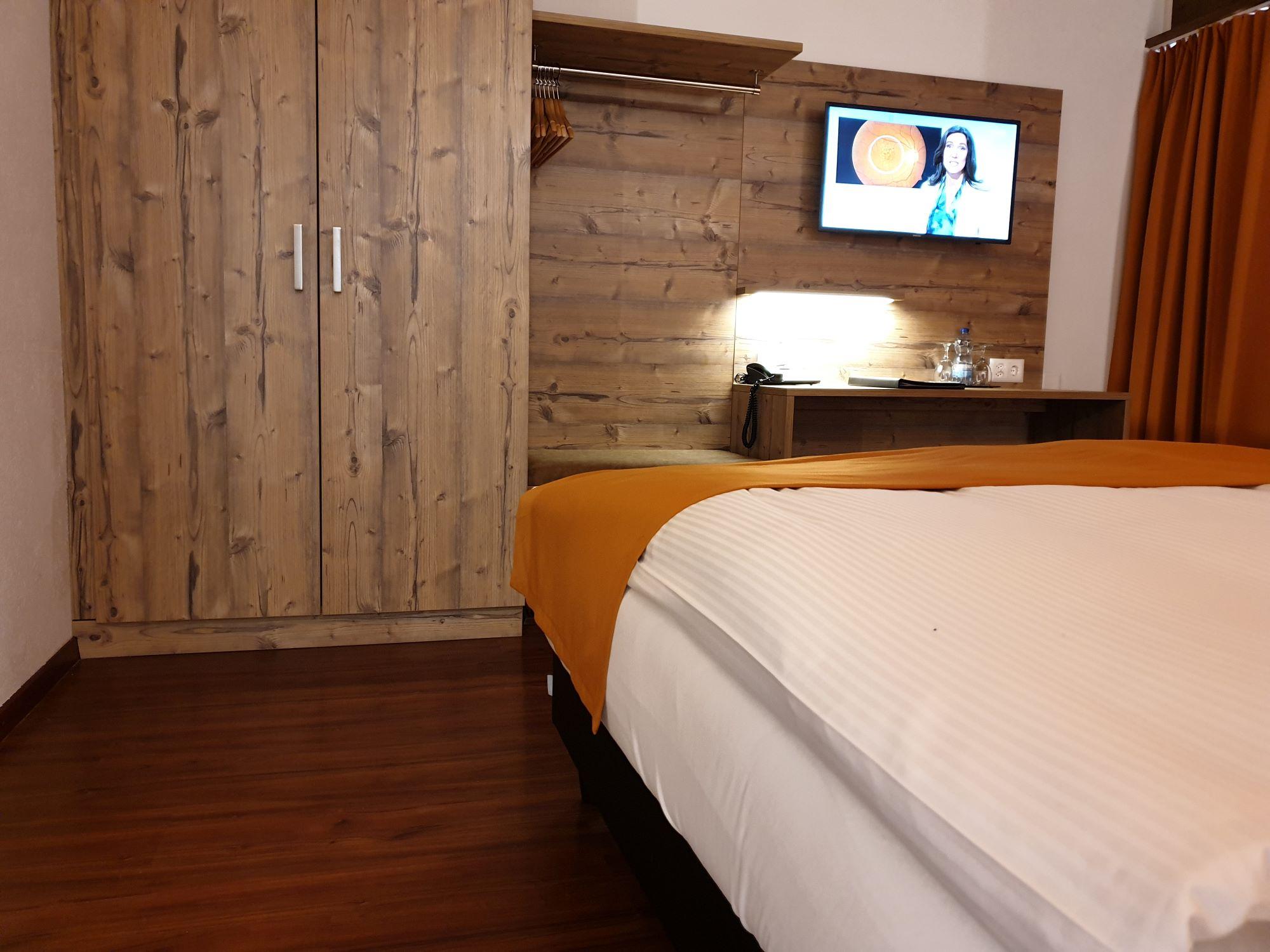 Typically Swiss Hotel Täscherhof 7
