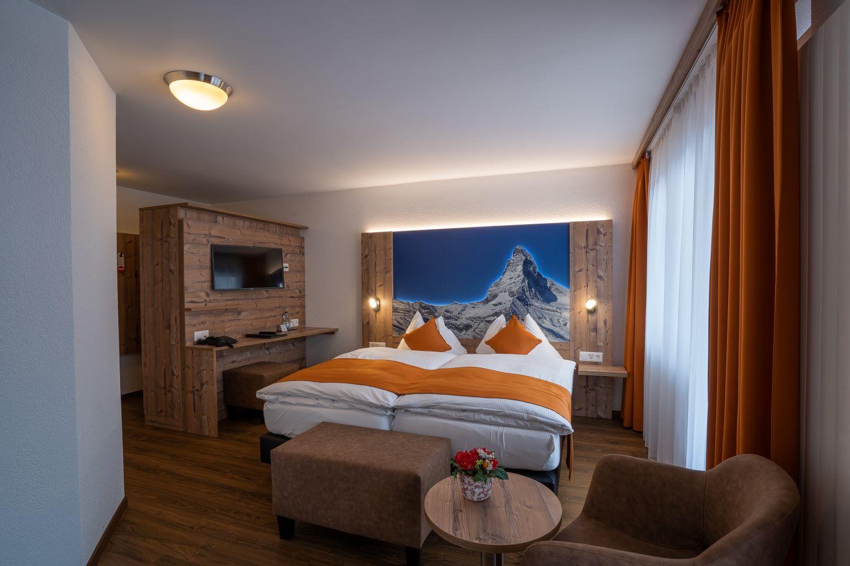 Typically Swiss Hotel Täscherhof 9