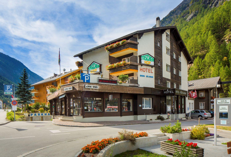 Typically Swiss Hotel Täscherhof 0