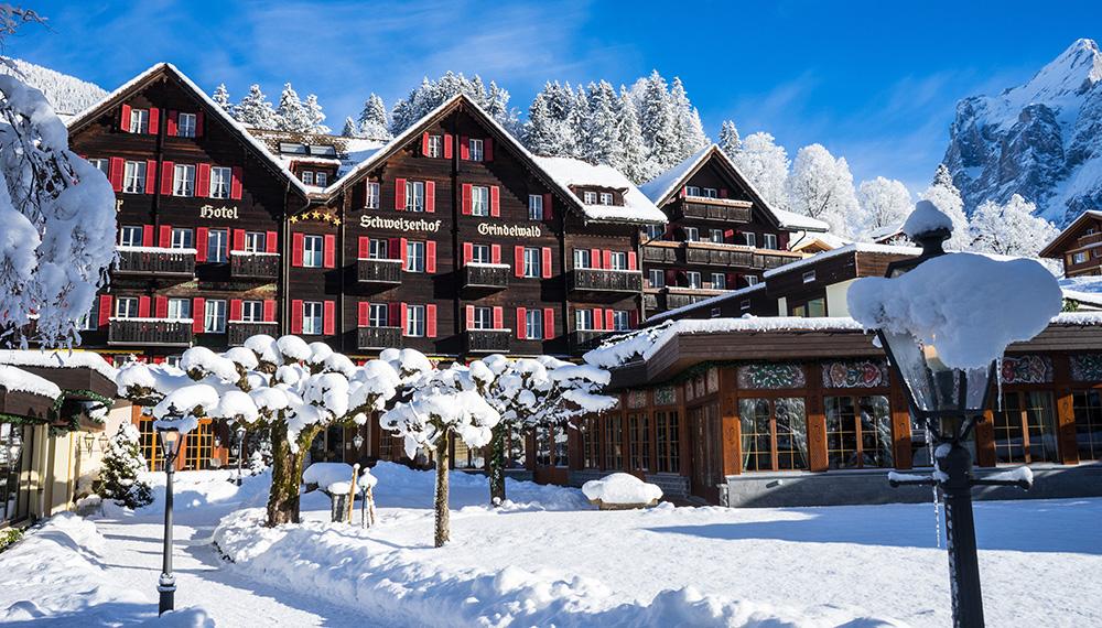 Romantik Hotel Schweizerhof / Swiss Alp Resort & SPA 1