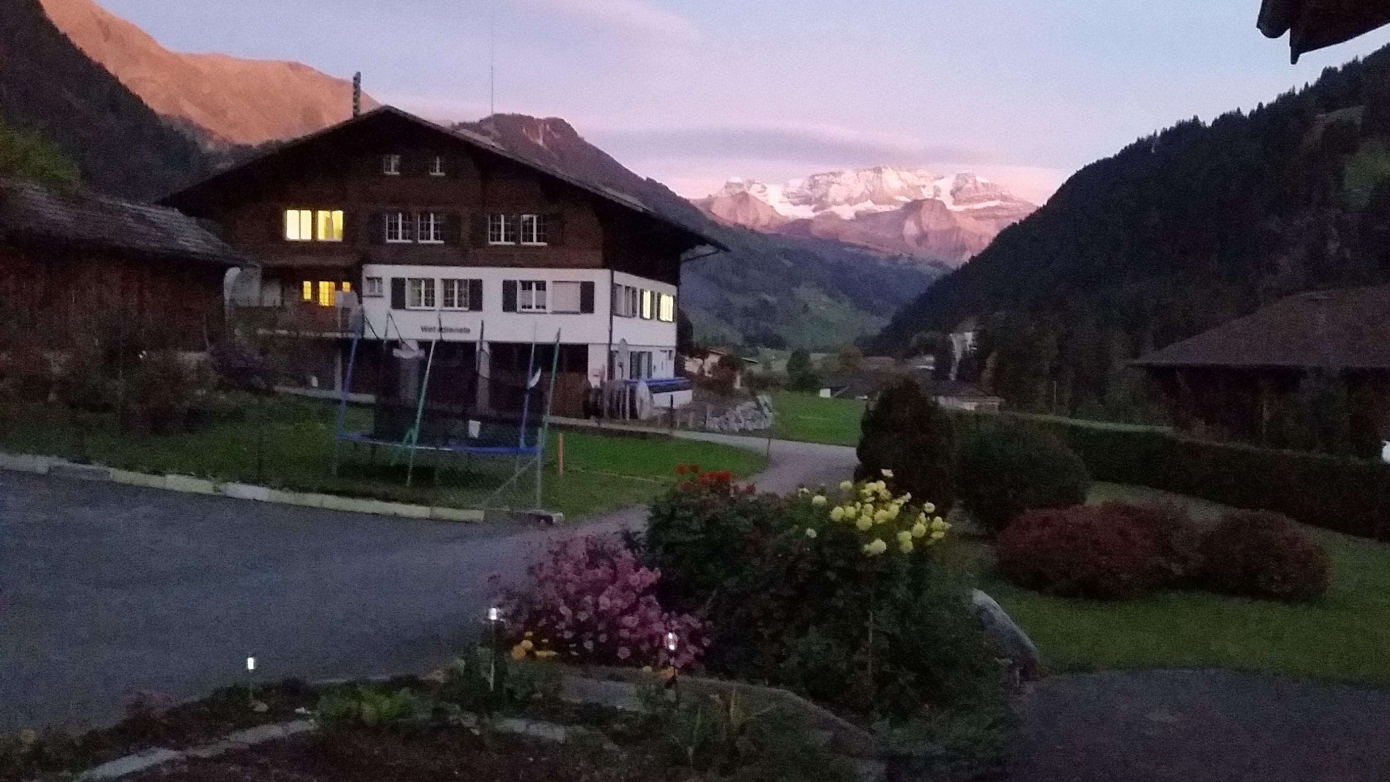 Chalet-Hotel Alpenblick Wildstrubel 9
