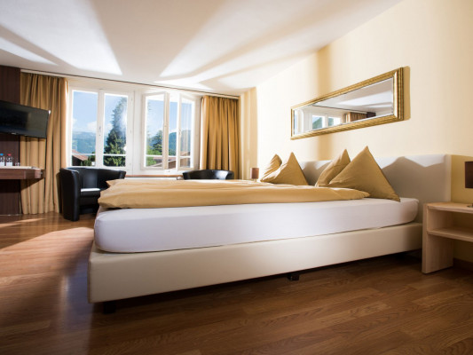 Jungfrau Hotel Twin room Comfort 1