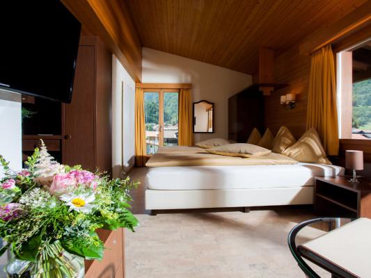 Jungfrau Hotel Twin room Comfort 0
